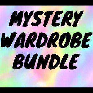 $25 mystery bundle!!!!